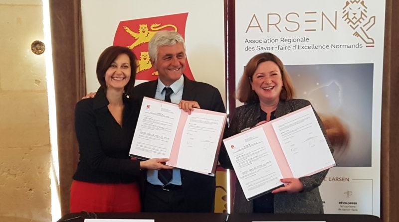 Signature contrat ARSEN